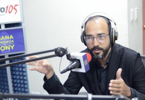 EntrevistaconDianaVernicayTonyComisionadoPresidencialparaProyectosEstratgicos1cu_e520x360