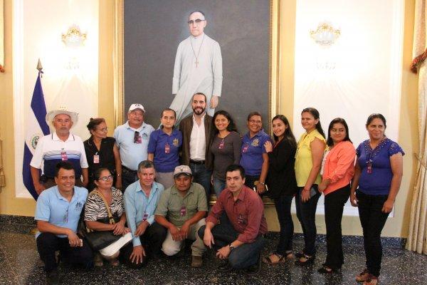 REUNION_FAMILIARES_ELMOZOTE
